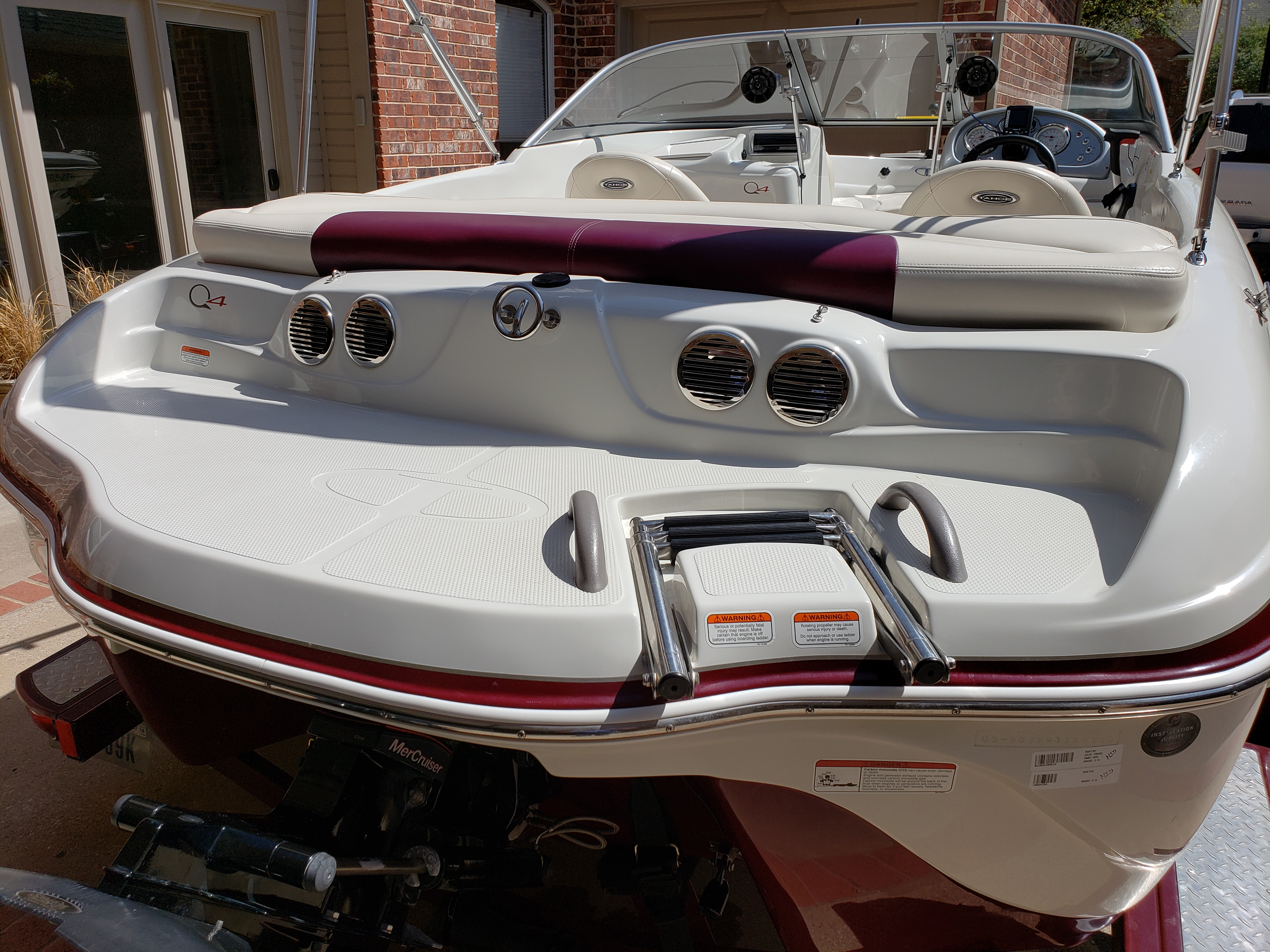 boat rentals Texas THE COLONY Texas  Tahoe Q4 SS 2010 18