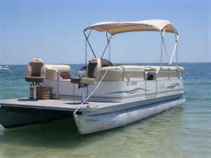 Pontoon Front View